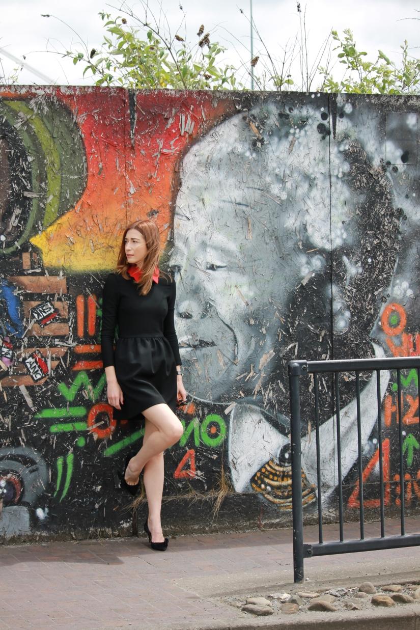 What I wore Sunday…when the graffiti tells astory